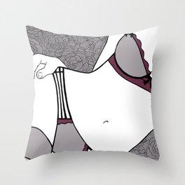 La femme n.18 Throw Pillow