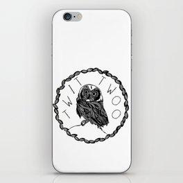 Twit twoo owl iPhone Skin