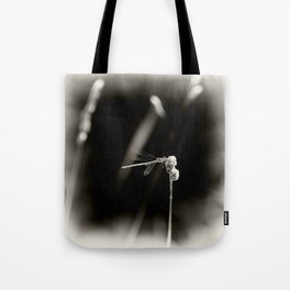 Dragonfly on Dried Plant Monochrome Grainy Smudge Tote Bag