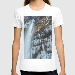Waterfall Peričnik in Mojstrana, Slovenia T-shirt