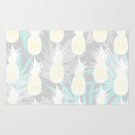 Elegant Pineapple Tropical Beach Pattern Rug