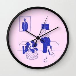 Leer Wall Clock
