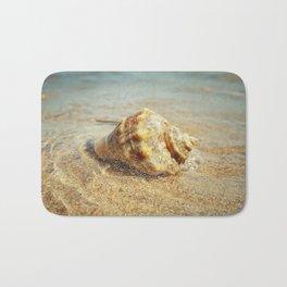 whelk in the sea Bath Mat