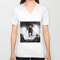 gorillaz V-neck T-shirts featuring Damon Albarn (Blur) - I by Tomás Correa Arce (RockMe TommyBoy)