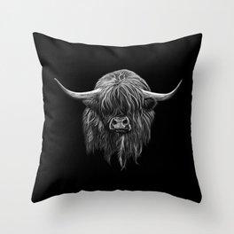Scottish Highland Cow (bw) Throw Pillow