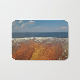 Drainage from thermal features into Lake Yellowstone Bath Mat