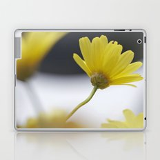 yellow daisies Laptop & iPad Skin