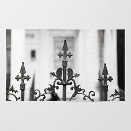 New Orleans Marigny Black and White Fence Rug