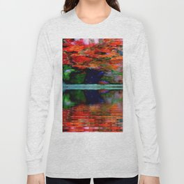 SURREAL RED POPPIES GREEN VASE REFLECTIONS Long Sleeve T-shirt