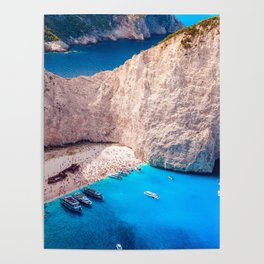 Shipwreck bay Poster