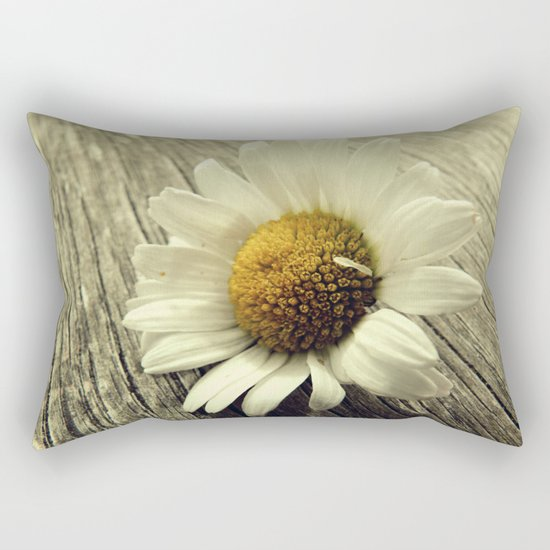 Vintage Daisy Rectangular Pillow