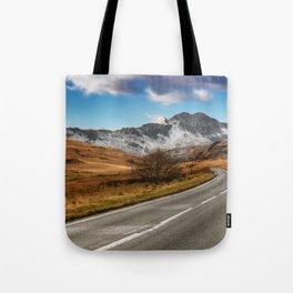 Wnter Scenery Snowdonia Tote Bag