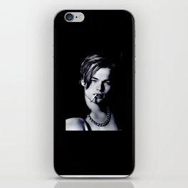 loenardo iPhone Skin