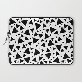 Memphis Milano style pattern with triangles, black and white triangle pattern print Laptop Sleeve