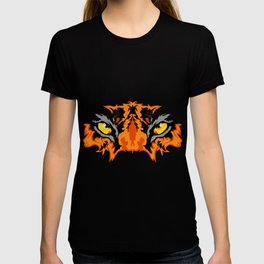 A Picture Of A Large Tiger Eye Lurking About Prey Funny T-shirt