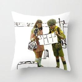 moonrise kingdom II Throw Pillow