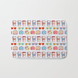 Coffee cup pattern - sunglasses - photocamera - colorful hipster pattern - have a nice day Bath Mat