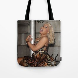 I'M STANDING RIGH HERE Tote Bag