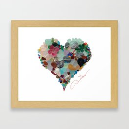 Love - Original Sea Glass Heart Gerahmter Kunstdruck