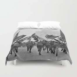 Children Running With American Flags in NYC (1917) Duvet Cover
