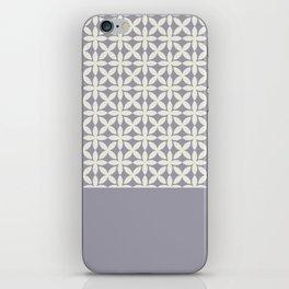 Pantone Cannoli Cream Square Petal Pattern on Pantone Lilac Gray iPhone Skin