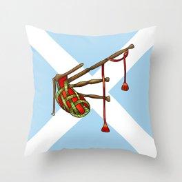 bagpipe-knot Throw Pillow