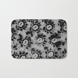 Black n White Flowers Bath Mat