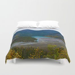 Kinney Lake in Mount Robson Provincial Park, BC, Canada Duvet Cover