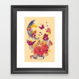 Papillon Ache Framed Art Print