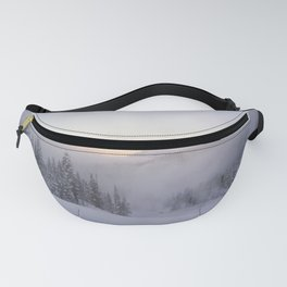 Natural and snow cannon mist in the morning Fanny Pack