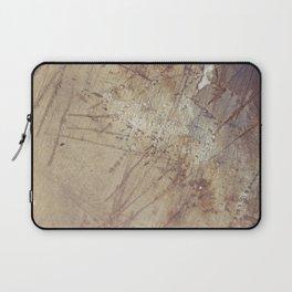 scruffy on  wet ground Laptop Sleeve