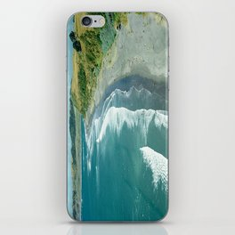 Raglan beach, New Zealand iPhone Skin
