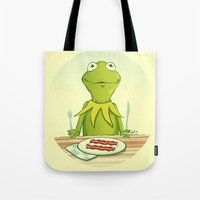 kermit Tote Bags featuring Kermit Loves Facon by dellydel