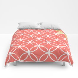Living Coral retro pattern Comforters