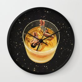 Whisky besties - On the rocks Wall Clock