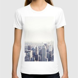 New York, The Empire State on black and white T-shirt