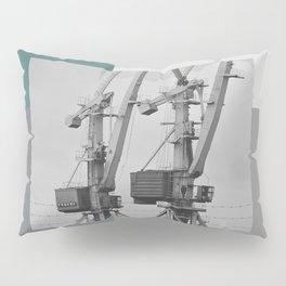Working giraffe Pillow Sham