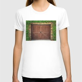 Door and Ivy Backdrop T-shirt