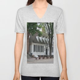 White Clapboard House - Colonial Williamsburg Unisex V-Neck