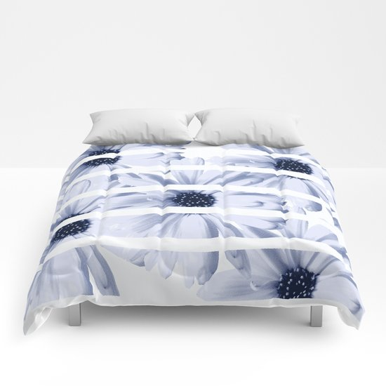 Light Blue Daisies with White Stripes Comforters