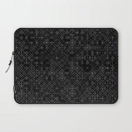 Black and White Overlap 1 Laptop Sleeve