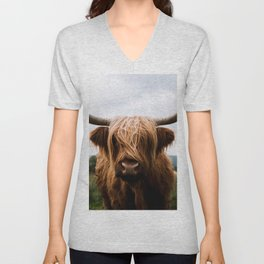 Scottish Highland Cattle in Scotland Portrait II Unisex V-Neck