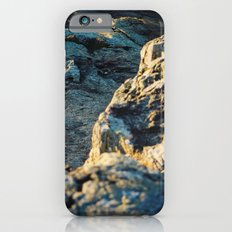 The sun is setting over the rocks Slim Case iPhone 6s