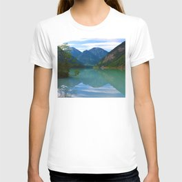 Morning Reflections on Kinney Lake in Mount Robson Provincial Park, British Columbia T-shirt