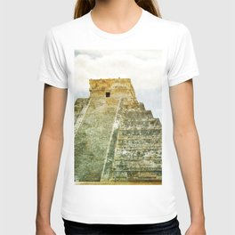 Chichen Itza pyramid T-shirt