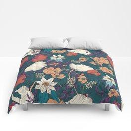 Botanical pattern 008 Comforters