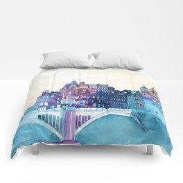 Winter in Edinburgh Comforters