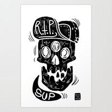 3 eyes skull says