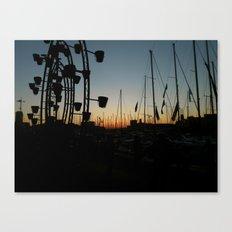 Entre Flammes et Flots Canvas Print