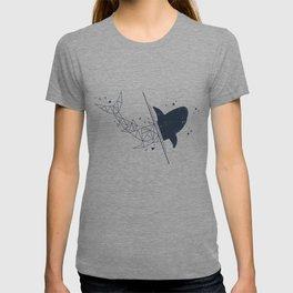 Shark. Geometric style T-shirt